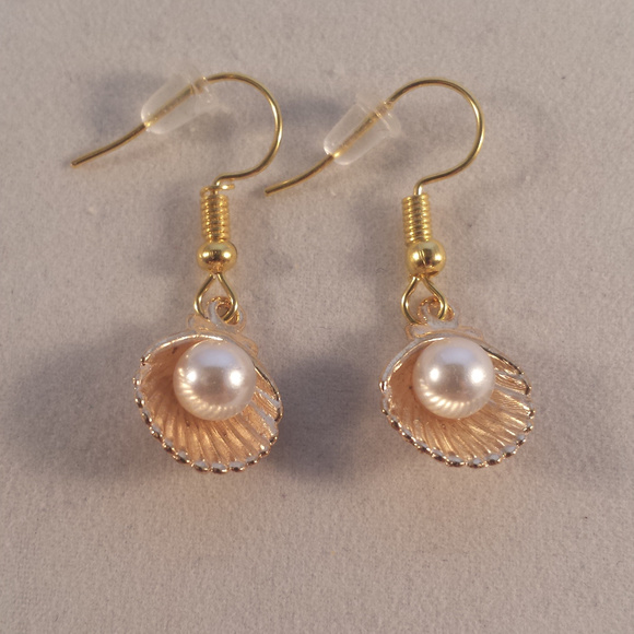 61786d1a2 Gold Pearl Seashell Earrings Hypoallergenic Hooks! Boutique